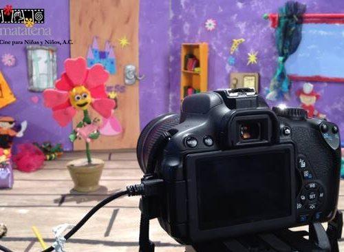 La-matatena-curso-de-verano-plastilina-cuadro-por-cuadro-summer-is-cool-momadvisor-Set-Rafita