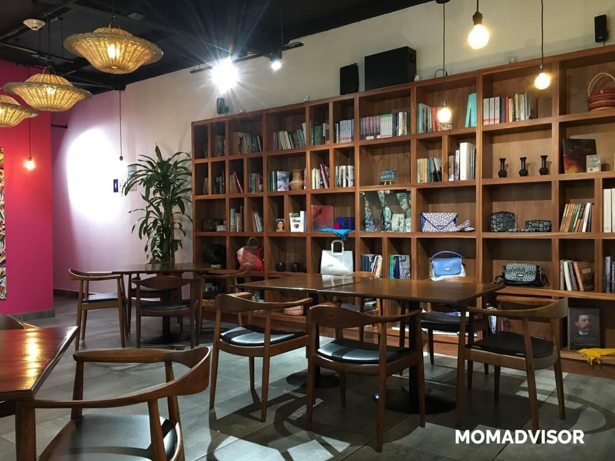 Frida-restaurante-coyoacan-momadvisor-comer-con-niños-ninos-ludoteca-actividades-centro-artes-vivas-arquitectura-librero