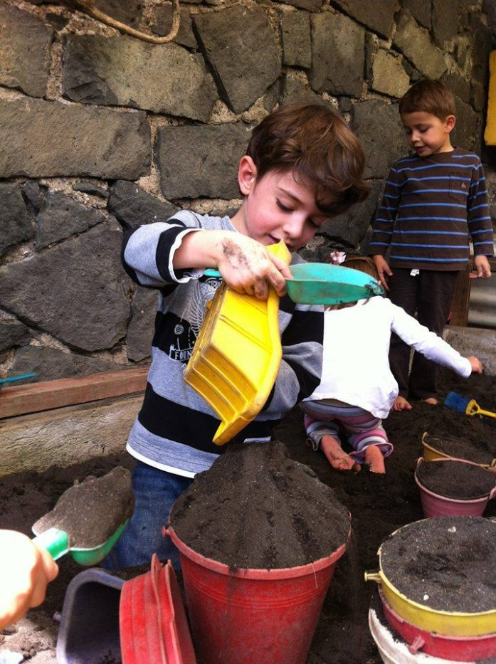 kinderwelt-preescolar-trilingue-san-jeronimo-school-fest-escuela-kinder-jardin-de-ninos-arenero