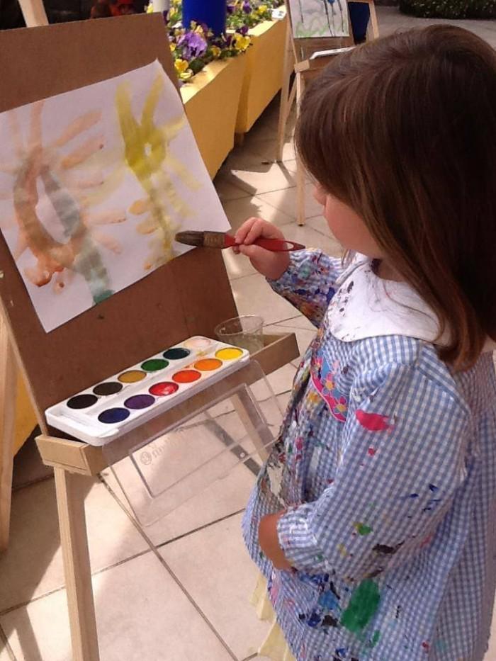 kinderwelt-preescolar-trilingue-san-jeronimo-school-fest-escuela-kinder-jardin-de-ninos-dibujo-acuarela-nena