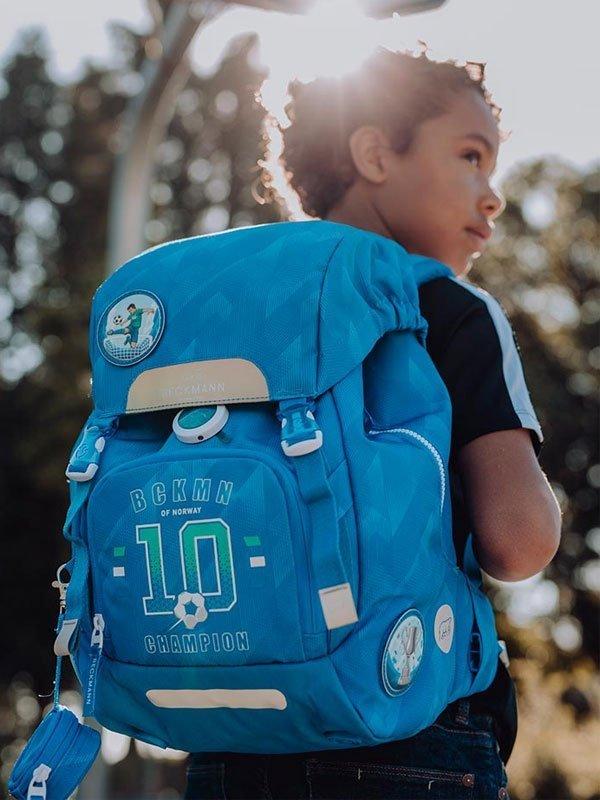 10-tips-para-elegir-la-mejor-mochila-ideal-backpack-beckmann-mexico-navitrade-azul-escuela