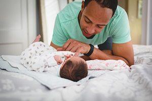 10-tips-para-los-papas-que-quieren-apoyar-la-lactancia-materna-momadvisor-foto-danielle-macinnes