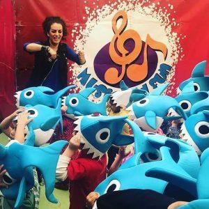 music_and_fun_show_infantil_fiestas_cumpleaños_juegos_para_niños_niñas_baby_shark-600