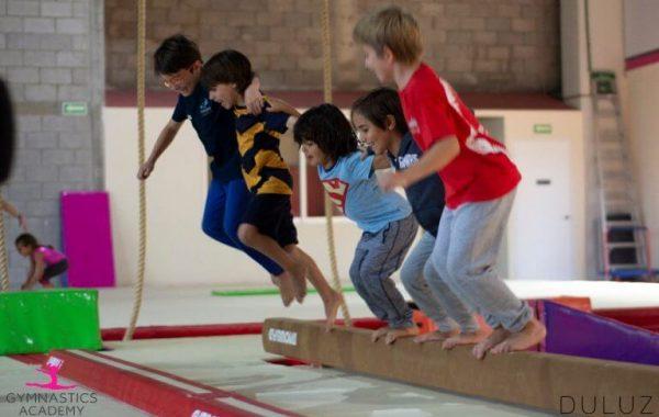 Gymnastics-Academy-by-Saskia-gimnasia-olimpica-artistica-infantil-ninos-niñas-ninas-santa-fe-cdmx-parkour