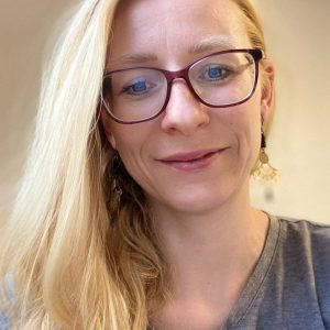 Nadine-Mager-Gluckskind-Comunidad-educativa