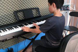 collective-music-curso-de-verano-2019-piano-summer-is-cool-momadvisor
