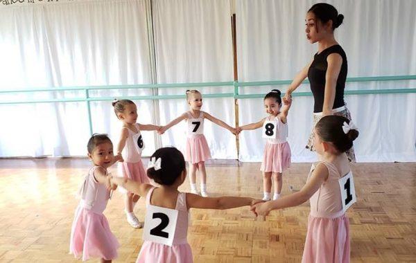 curso-de-verano-danza-2019-bailarinas-ballet-pointe-momadvisor-summer-is-cool