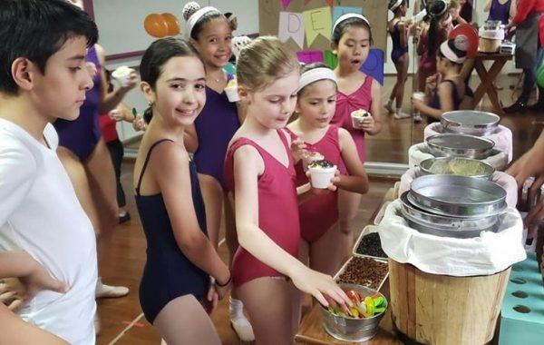 curso-de-verano-danza-2019-bailarinas-pointe-momadvisor-summer-is-cool-break