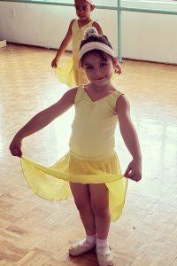curso-de-verano-danza-2019-bailarinas-pointe-momadvisor-summer-is-cool-niñas