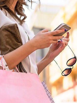 mujer-comprando (1)