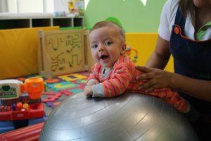 rootland-daycare-guarderia-bebe-pelota-cdmx